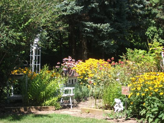 This is my Mom's flower garden! She amazes me every year with how much hard work and time she puts into her garden!