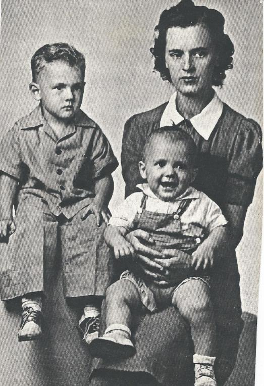 Grandma Freda in 1942 with two of her children. My dad is the baby on her lap.